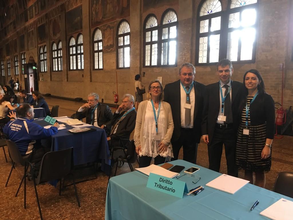 L'avv. Stefania Martin, l'avv. Umberto Santi, l'avv. Nicola Bardino e l'avv. Alice Grasso al Palazzo della ragione