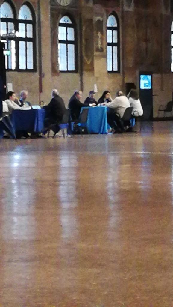 L'avv. Umberto Santi, l'avv. Nicola Bardino e l'avv. Alice Grasso incontrano la città